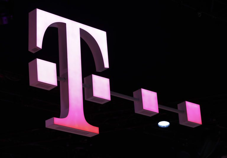 Europe Higher, Boosted by Deutsche Telekom, Covestro