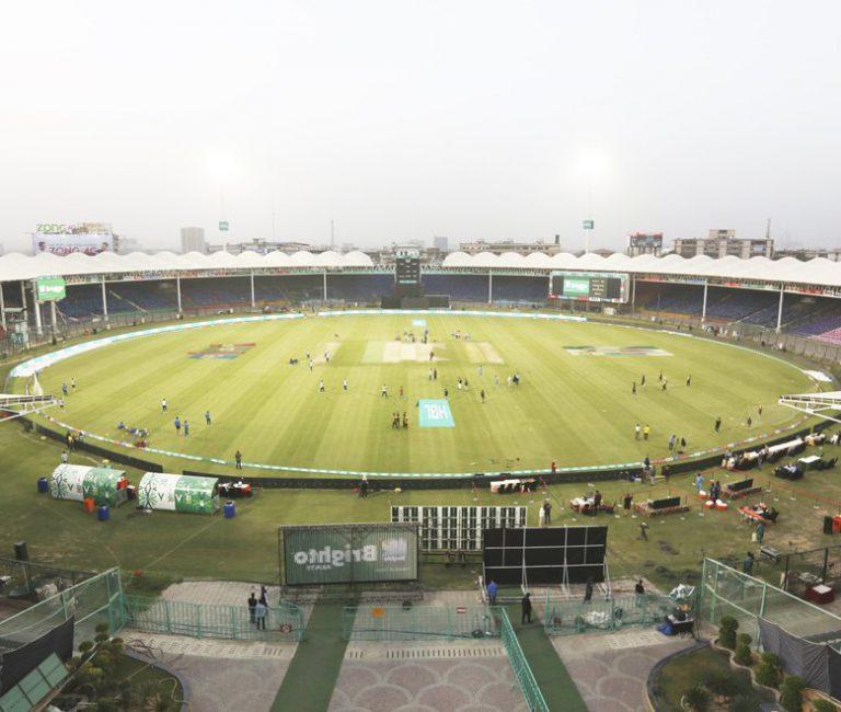 Pakistan postpones T20 league after player shows coronavirus symptoms